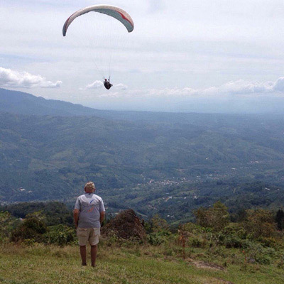 flight instruction in dominical, costa rica
